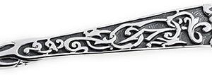 Ажурный узор и чернение на серебряной ложке