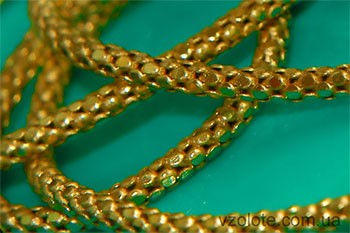 Золотая цепочка жгутик